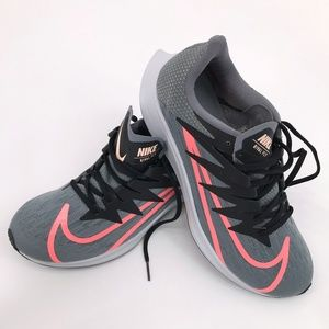 Nike Zoom Rival Fly Gray/Pink Size 10 NWOB